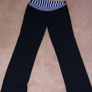 Lululemon Astro Pants - size 8